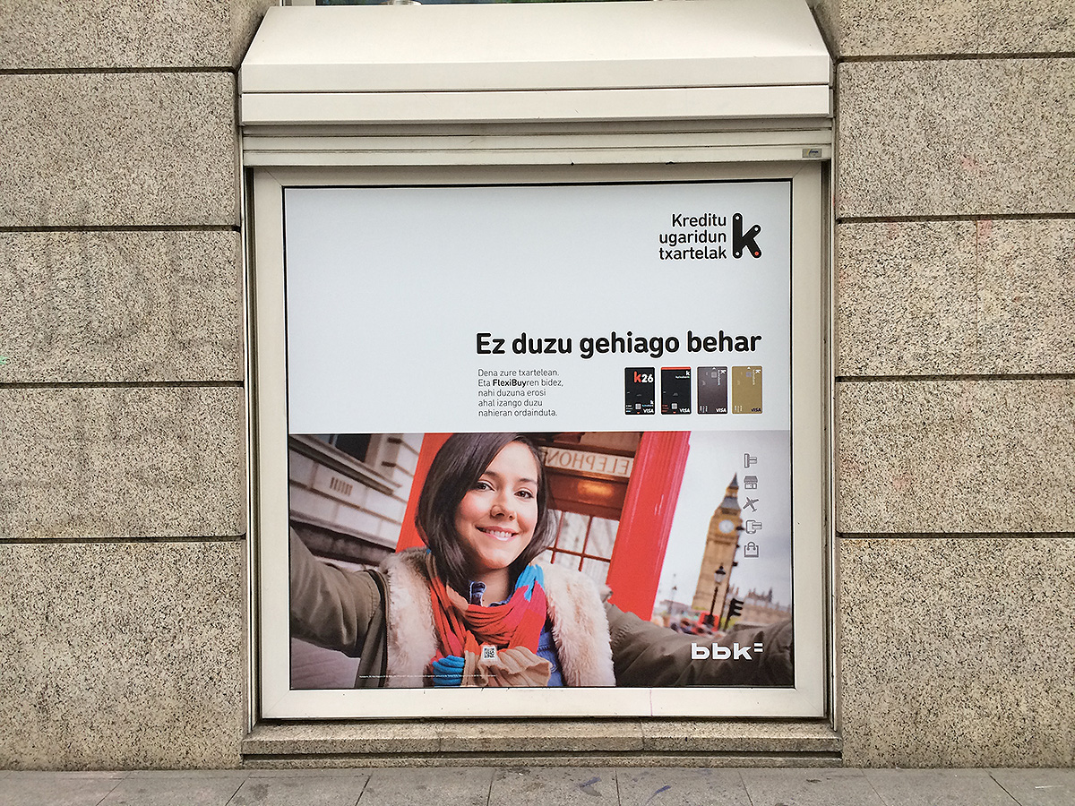 Kutxabank BBK FlexiBuy promoción exterior bajo edificio