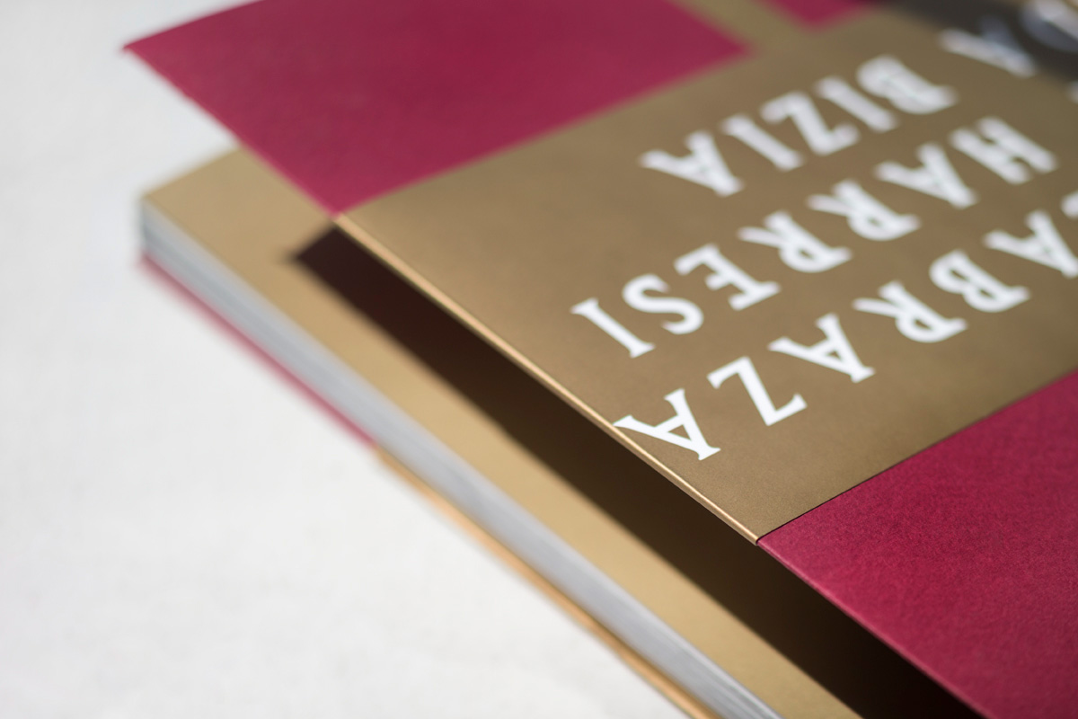Labraza harresi bizia Diseño editorial imagen identidad corporativa exterior