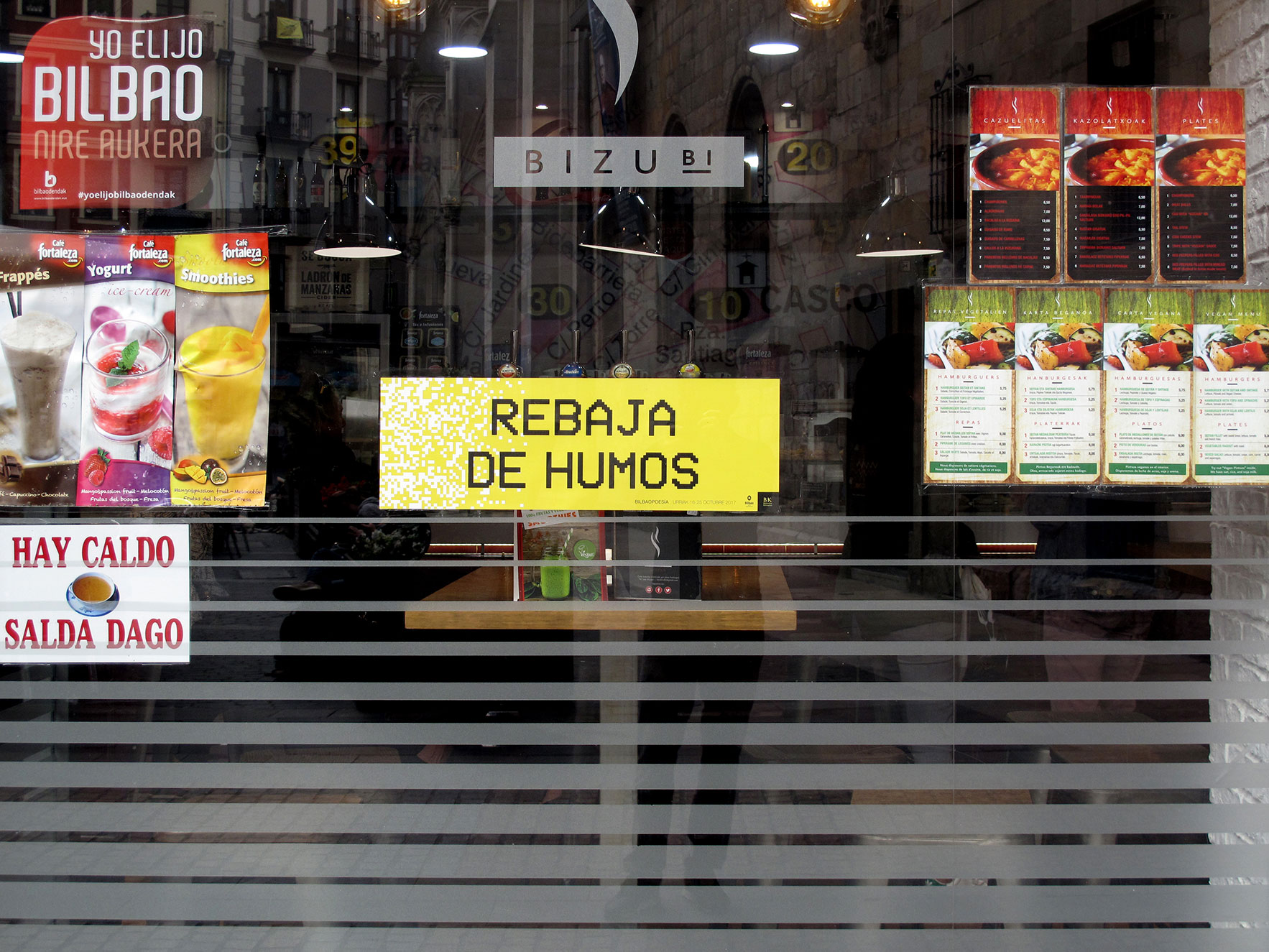 Bilbao poesía escaparate bar Bilbao