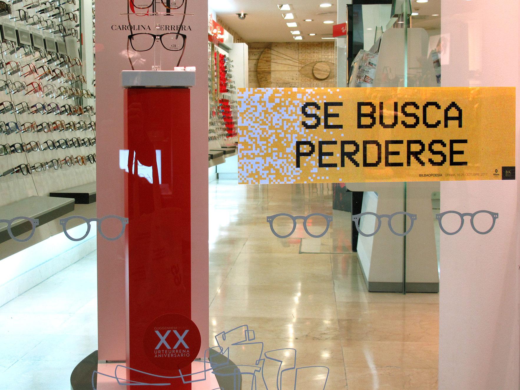 Bilbao poesía escaparate óptica